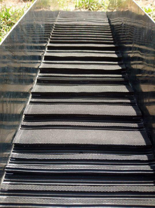 exemple de tapis strié customisé