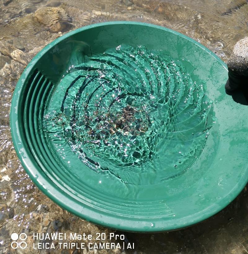 remettre au centre dans le puits les graviers
