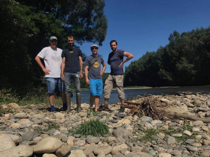 l'équipe Goldline Orpaillage association Avec de gauche à droite, Lionel (Whex), Ludo (Goldlix), David (Goldensubmarine) et Vincent (naturaliste)