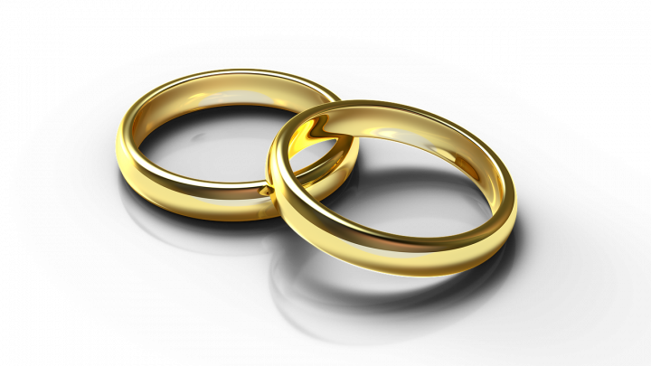 2 bagues alliance de mariage en or 24 carats à vendre