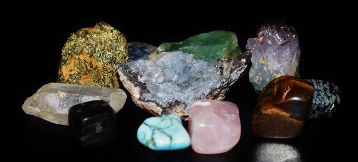 les gemmes sont des pierres precieuse ou semi precieuses