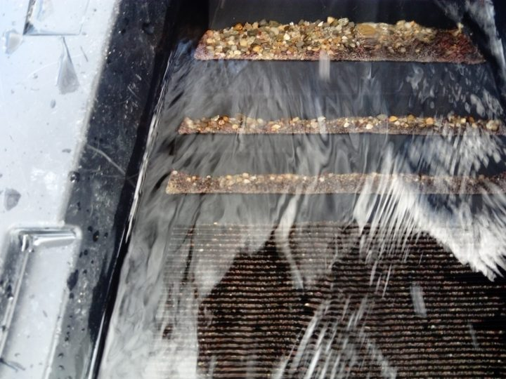 il est grand temps de nettoyer la rampe d'orpaillage