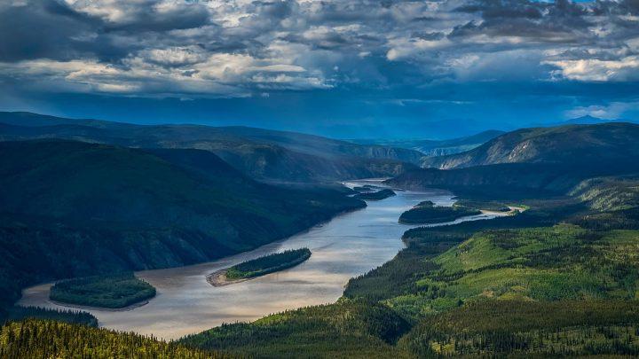yokon river en alaska pour chercher de l'or