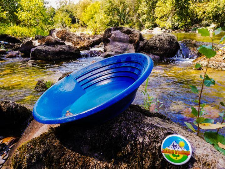 pan dans une rivière goldline orpaillage